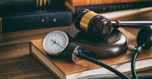 Is It Better to Settle a Medical Malpractice Claim, or to Go to Trial?